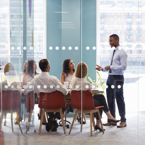 البرنامج التخصصي في إدارة المكاتب الحديثة والعلاقات العامة