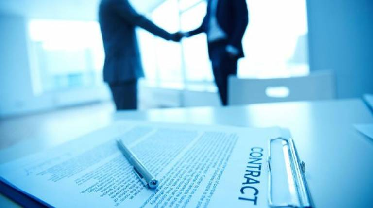 Drafting of commercial contracts and their legal provisions